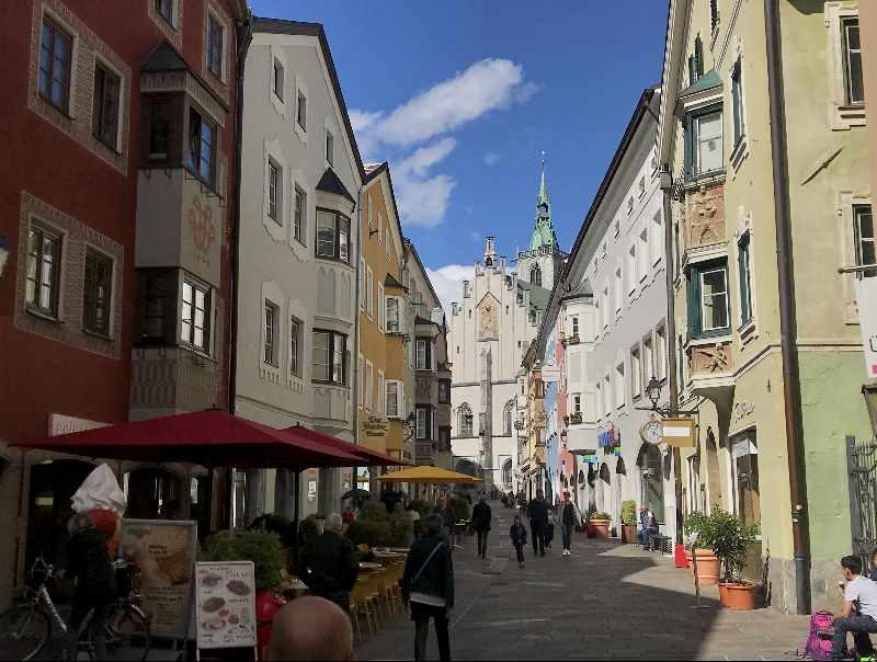 Schwaz in Tirol - die Altstadt in der Franz Josef Straße, die schönste Ecke der Altstadt Schwaz