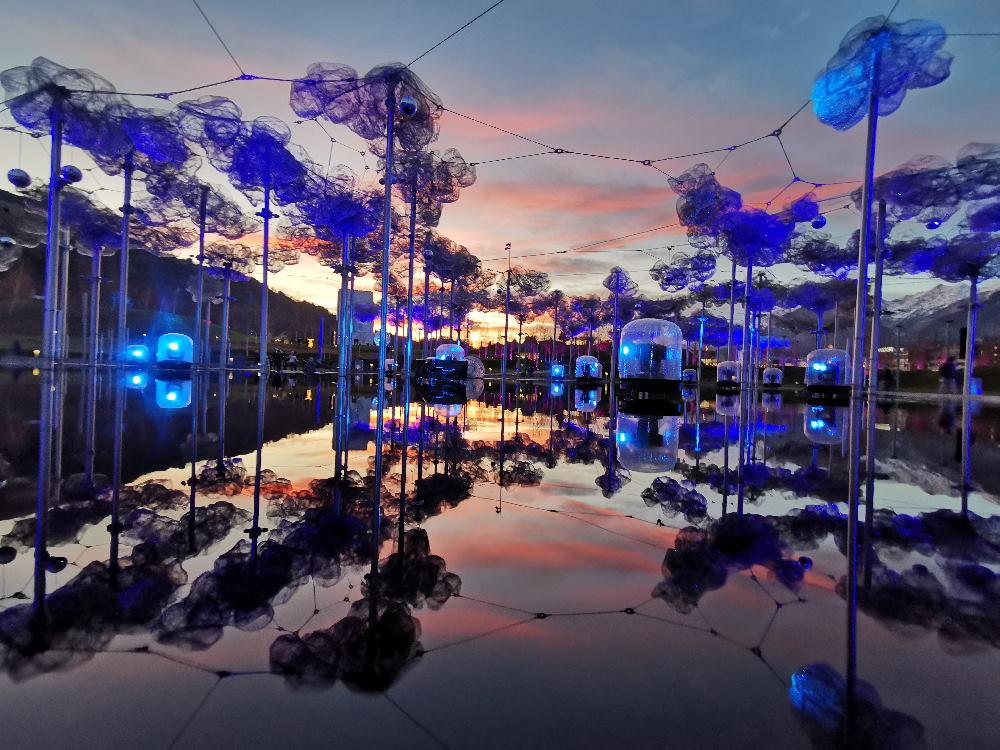 Sehenswürdigkeiten Schwaz - die Swarovski Kristallwelten mit der Kristallwolke