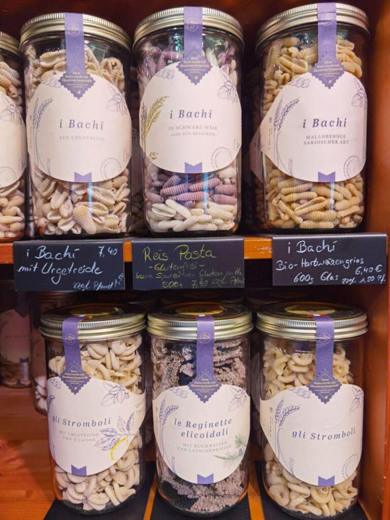 handgemachte Nudeln - zu kaufen im Bauernladen Schwaz